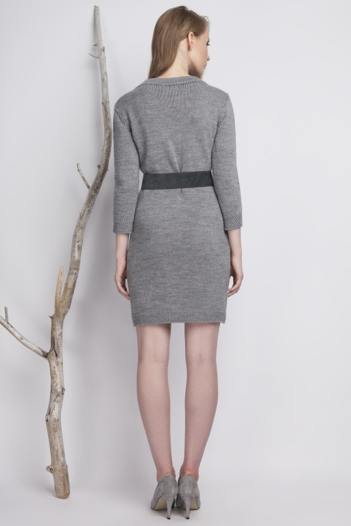 Classic, knitted dress with high collar, gray