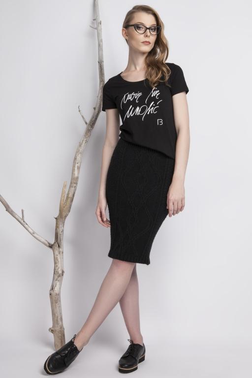 Koszulka z odręcznym napisem projektantki, czarna