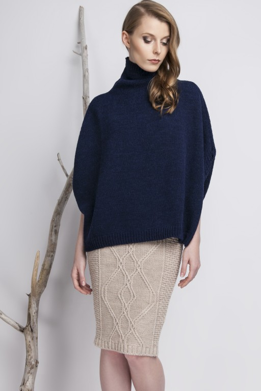 Plain turtleneck poncho, navy