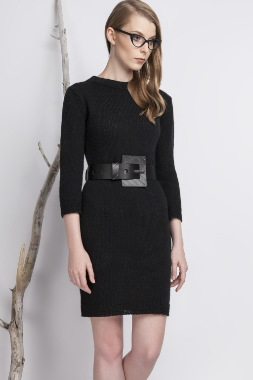 Classic, knitted dress with high collar, black