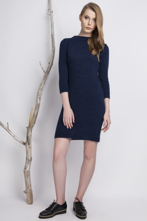 Classic, knitted dress with high collar, navy