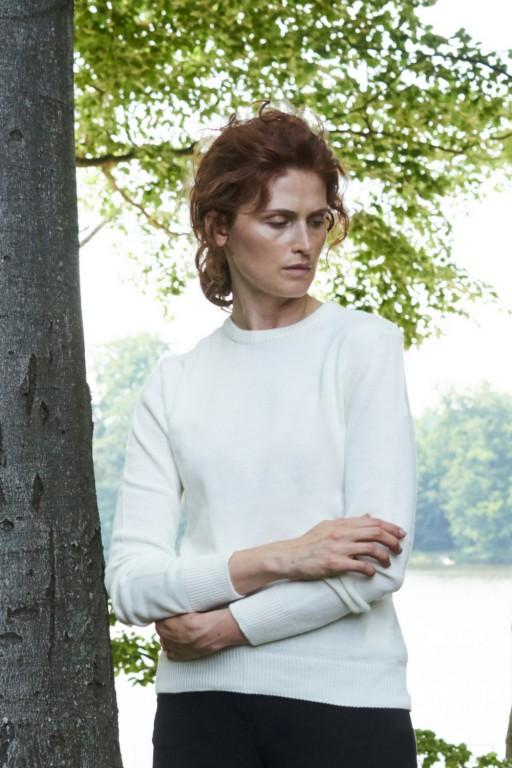 Klasyczny sweter z wełny merynos, ecru