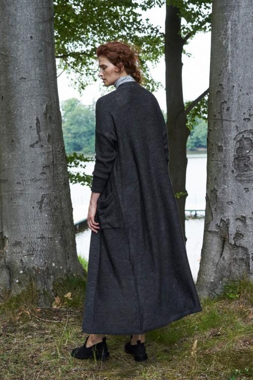 Dzianinowy płaszcz z kieszeniami, antracytowy