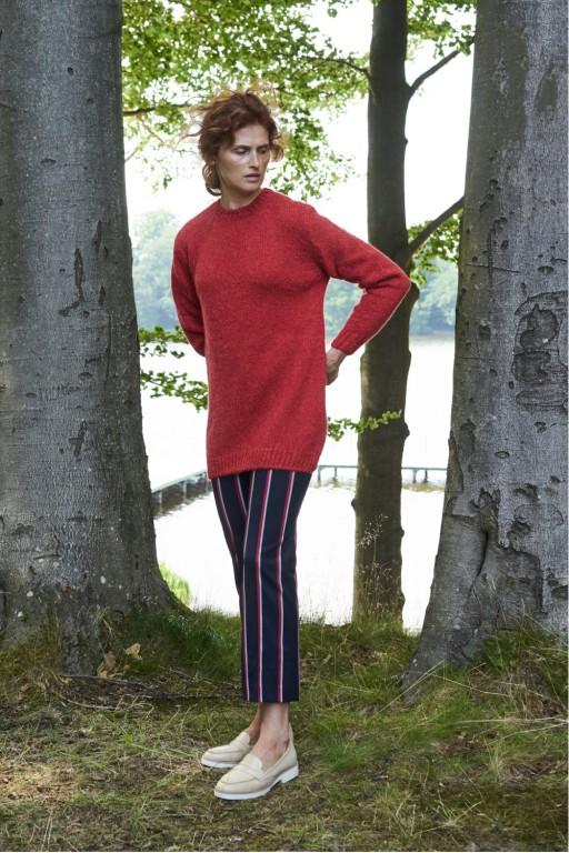 Gładki sweter z moherowym włosiem, czerwony
