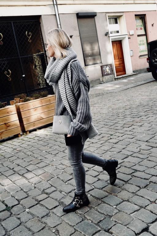 Wełniany, oversizowy sweter, szary