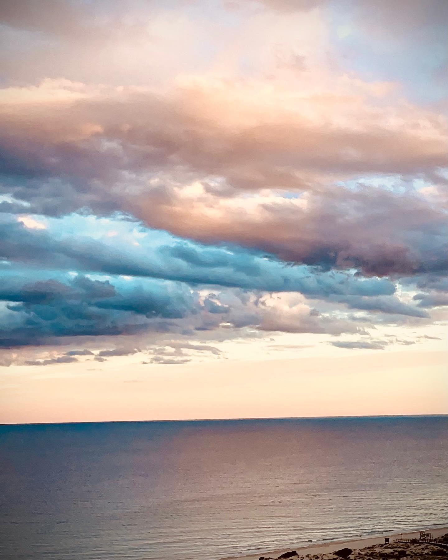 Takie niebo uchwyciłam w Hiszpanii. Najpiękniejsze kadry tworzy natura. Co za kolory!!!